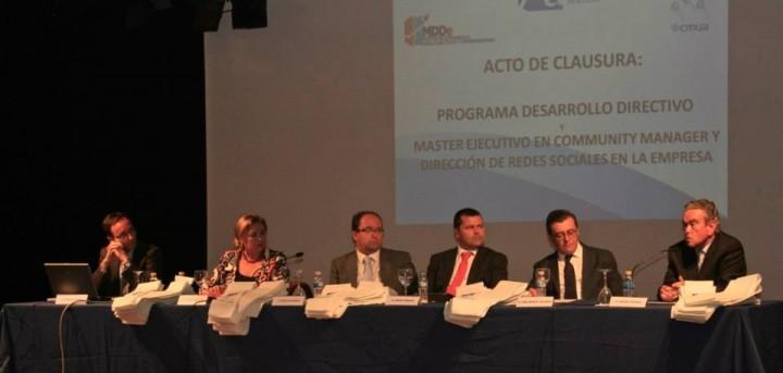 mesa graduación Programa Desarrollo Directivos y Emprendedores PDDe