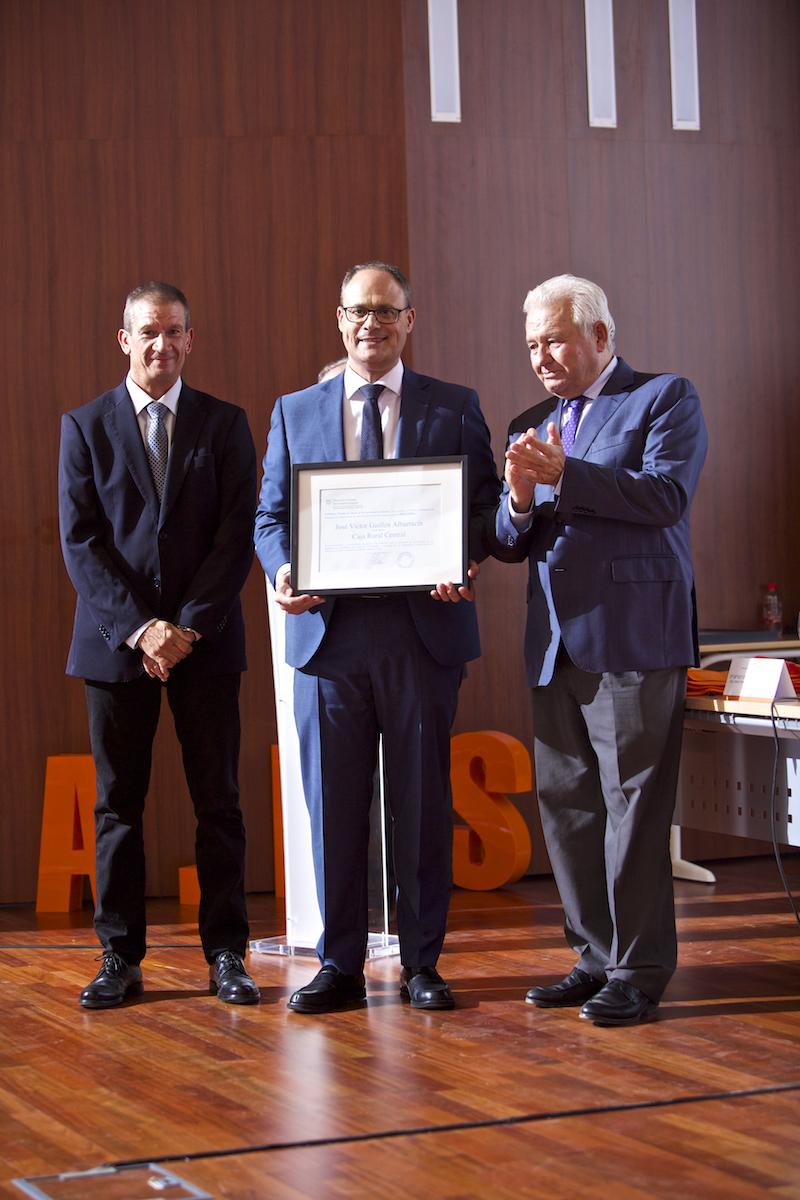 Premios empresa universidad 2017 octava edici n jos for Universidad de valencia master