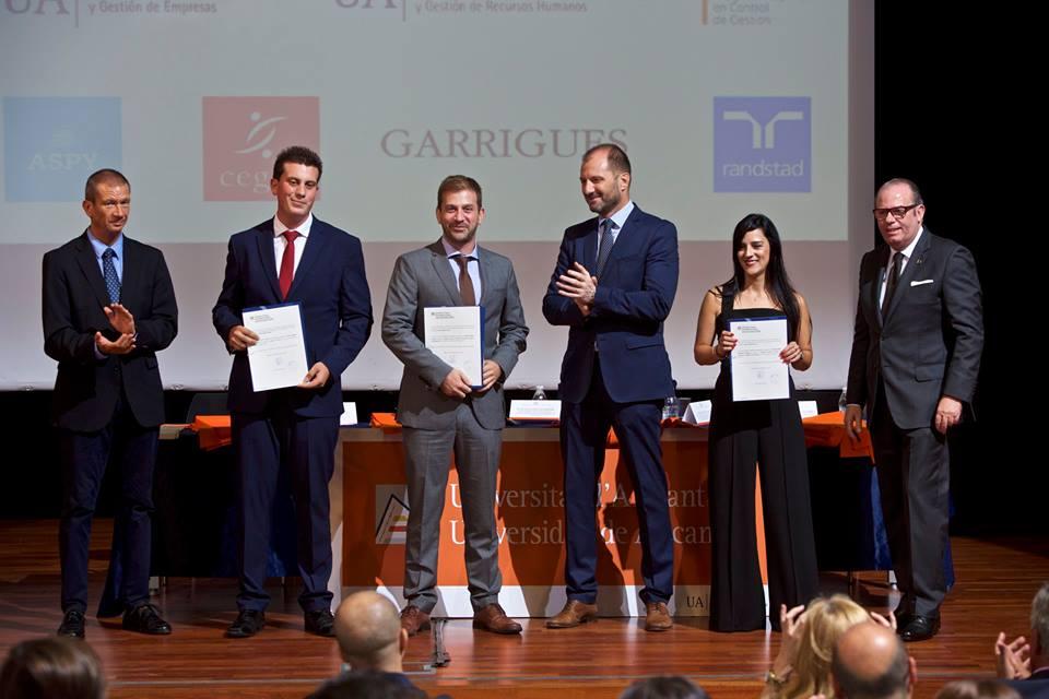 clausura 2018 master direccion y gestion de empresas recursos humanos y programa superior de gestion universidad de alicante premio mde 2