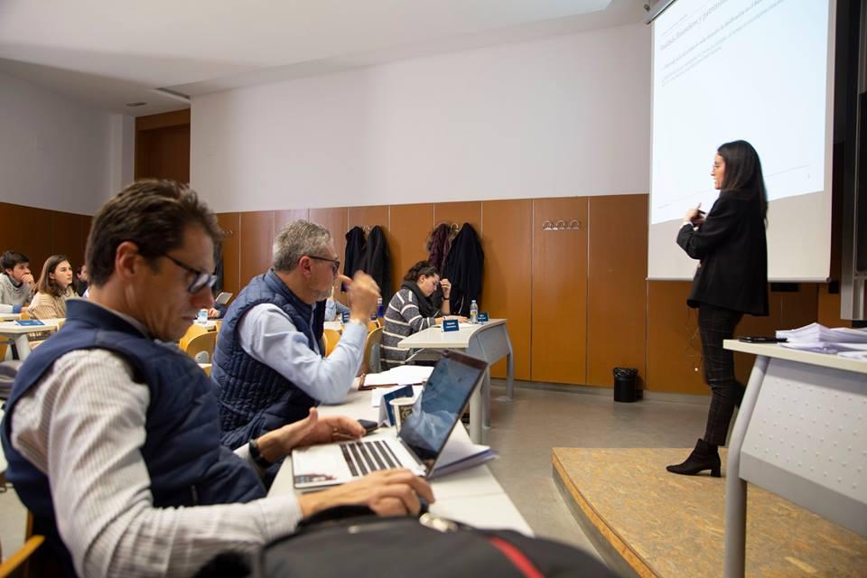 lorena lopez analisis financiero master direccion y gestion de empresas universidad de alicante